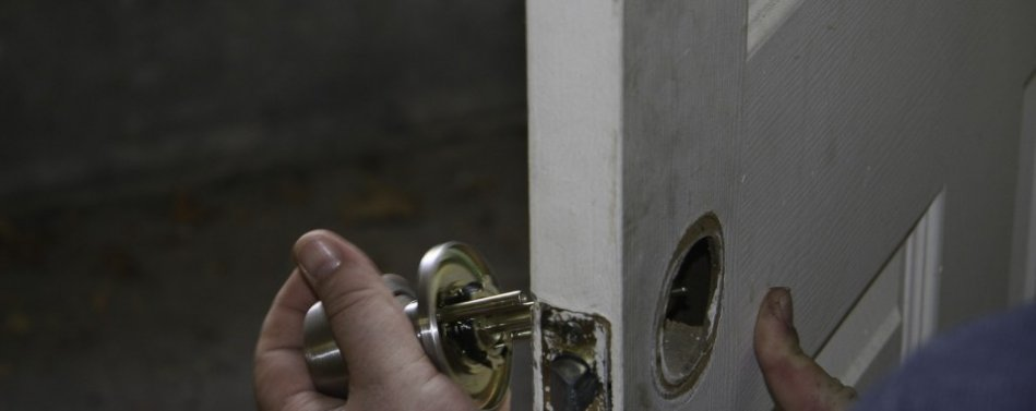 New deadbolt keys & repair Delray Beach Florida